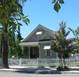 Redlands Conservancy historic preservation - 1903 Victorian Cottage restored